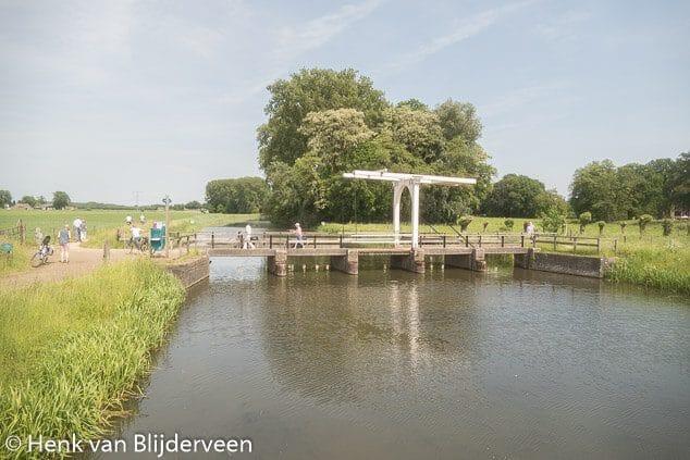 Fietsbrug over de Berkel bij de Velhorst