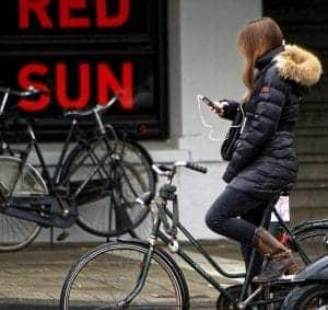 fietsen met smartphone