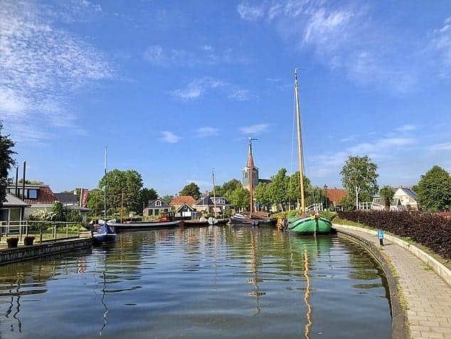 Skutsje Oudega, Friesland